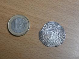 PIECE ARGENT ANCIENNE A IDENTIFIER. - Monnaies Antiques