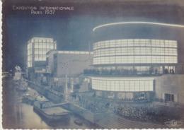 C.P. - EXPOSITION INTERNATIONALE - PARIS - 1937 - LES PAVILLONS DE LA BELGIQUE - DE LA SUISSE ET DE L'ITALIE ILLUMINES - - Expositions