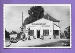 La Batie Montgascon Essence Station Service Azur Olazur - France