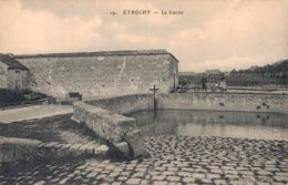 91 19 ETRECHY Le Lavoir - Etrechy
