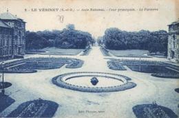 LE VESINET - Asile National - Cour Principale - Le Parterre - Le Vésinet