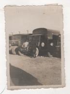 Militaria - Photographie De Soldat De Troupe Coloniale Devant Un Camion Renault Type Adk Et Berliet - Compagnie Du Train - Guerre, Militaire