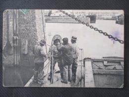 311 -  LE HAVRE - Scaphandrier Travaillant à Réparer La Porte D'un Bassin - France