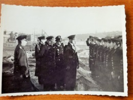 BREST WW2 GUERRE 39 45 BREST INSPECTION DES MARINS DU PRINZ EUGEN SUR LE QUAI PAR LE CV HELMUTH BRINKMANN - Brest