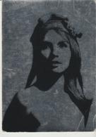 C.P. - PHOTO - MARIANNE D'AUJOURD'HUI - CETTE PHOTOGRAPHIE TIRÉE SUR ALUMINIUM EST L'OEUVRE DE RAYMOND GOSSELIN SCULPTEU - Personnages Historiques