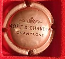 P 4 MOET ET CHANDON 192 - Moet Et Chandon