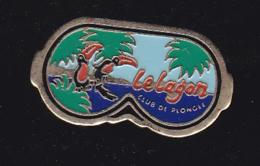 60176-Pin's-Le Lagon Club De Plongee Sous Marine Nautisme.ski Nautique, Surf, Char à Voile. Lyon.toucan. - Duiken
