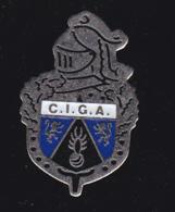 60181-Pin's-Centre D'Instruction Des Gendarmes Auxiliaires) Au Camp De Monéteau (Yonne)... - Militaria