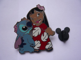 Big Pin S DISNEY STITCH  5 X 4 Cm Tbq - Disney