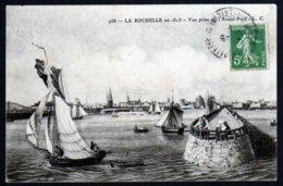 La Rochelle 1815 Vue Prise De L'avant Port  Bateaux Jetée Pêcheurs  écrite Cachet Vers 1910  TB - La Rochelle