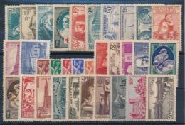 DB-323. FRANCE: Lot  Avec Timbres* : Année 1939 - ....-1939