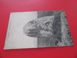 85 LE BERNARD Le Menhir De La Frebouchere NON Circulée N° 13menhir Dolmen   Vendee - France