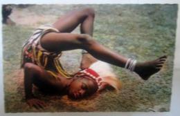 Afrique En Couleurs Petite Danseuse  Cartolina Formato Piccolo - Cartoline