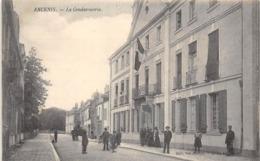 Thème   Police-Gendarmerie:     Ancenis  44     La Gendarmerie      (Décollée Voir Scan) - Sapeurs-Pompiers