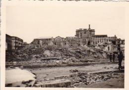 Foto Zerstörte Stadt - Ruinen - 2. WK - 8*5,5cm (44050) - Krieg, Militär