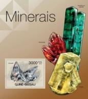 Guinea-Bissau, 2012. [gb12316] Minerals, (Smithsonita, Inesita) (s\s+block) - Minerals