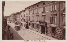 CARTOLINA - MASSA - VIA VITTORIO EMANUELE - (MASSA-CARRARA) - VIAGGIATA 1935 - Massa