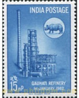 Ref. 601673 * MNH * - INDIA. 1962. INAUGURACION DE LA REFINERIA DE PETROLEO - Indien