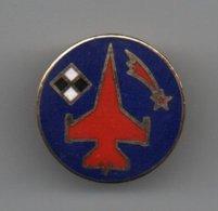 Pin's 2ème Wing Tac F-16 Par Nasa, Dos Doré, Rare......BT14 - Militaria