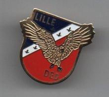 Pin's Lille : Probablement De La Direction Opération Douane De Lille, Dos Doré Lisse, Rare......BT14 - Police