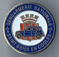 Pin's Gendarmerie De Saint Brice En Coglès - Ille-et-Vilaine - Bretagne - Blason - Militaria