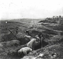 PHOTO GUERRE 1914 5 Creusement Des Tranchées - War, Military