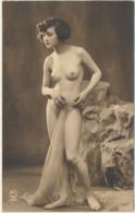 76-706 Estonia Nude Erotique - Estland