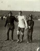 GRAND COMIC FOOTBALL MATCH FULLHAM 15*12CM Fonds Victor FORBIN 1864-1947 - Photos