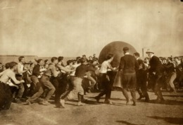 GIANT BALL  FOOTBALL   17*12CM Fonds Victor FORBIN 1864-1947 - Photos