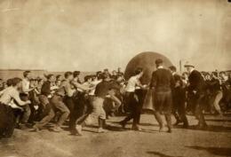 GIANT BALL  FOOTBALL   17*12CM Fonds Victor FORBIN 1864-1947 - Fotos