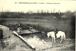 CPA (DATE DIFFICILE A LIRE) - SAINT JULIEN SUR CHER, ABREUVOIR MUNICIPAL - - Horses
