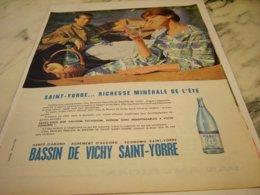 ANCIENNE PUBLICITE BASSIN DE  VICHY SAINT YORRE 1961 - Posters