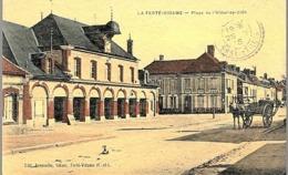CPA 1915 - LA FERTE VIDAME, CARRIOLE SUR LA PLACE DE L'HOTEL DE VILLE - - France