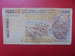 AFRIQUE De L'OUEST 1000 FRANCS 1991-2002 CIRCULER (B.8) - Stati Dell'Africa Occidentale