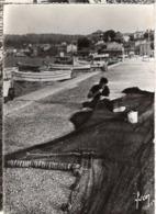 83 Var - Saint MANDRIER - Le Port (pécheur Répare Ses Filets) - Cp N° IB 5624 - Saint-Mandrier-sur-Mer