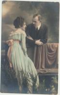 76-902  Estonia Couples - Estland
