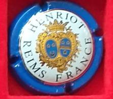 P 48 HENRIOT 40 - Henriot