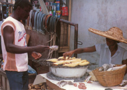 Ghana - Market Scene - Ghana - Gold Coast