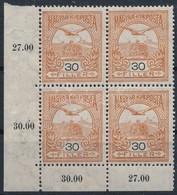 ** 1913 Turul 30f ívsarki Négyestömb Fekvő Vízjellel (104.000) / Mi 119Y Corner Block Of 4 (fogelválások / Aparted Perfs - Sellos