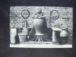 Carte Postale Ancienne De Noron-la-Poterie - Potier à Son Tour - Vieux Métiers - France