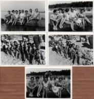 5 Photos Originales D'un Groupe De Couple à La Plage Vers 1950 - Slips & Maillots De Bains Pour Playboys & Pin-Up Sexy - Pin-Ups