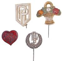 4db Klf Külföldi Jelvény és Kitűző, Közte 1db Jelzett Ag T:2 4pcs Of Diff Badges And Pins, Including 1pc Hallmarked Ag C - Munten & Bankbiljetten