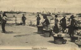 Straits Settlements, SINGAPORE, Harbour Scene, Street Sellers (1914) Postcard - Singapore