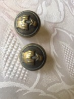 MILITARIA - BOUTONS - 2 Boutons - Au Dos : Perfectionne CT - Buttons