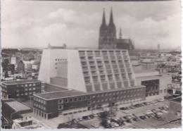 AK-div.31- 719   Köln Am Rhein - Opernhaus Und Dom - Koeln