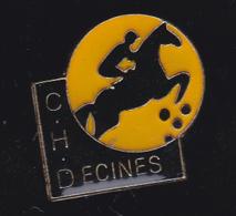 60206-Pin's-centre Hippique Decines.cheval.equitation.. - Villes