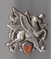 Pin's 72° Régiment D'Artillerie Divisionnaire Légère - Pégase - Boussemart - Militaria