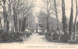 Thème   Gardes Ou Tambours De Ville. Maison Du  Garde Chasse. Pontchartrain      (voir Scan) - Métiers