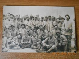 CPA Groupe SOLDATS 115 è BATAILLON De L'ARMEE D'ORIENT 1918. - Personnages