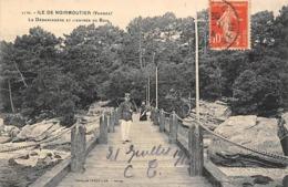 Thème   Gardes Ou Tambours De Ville. Ile De Noirmoutier  85 Le Débarcadère     (voir Scan) - Métiers
